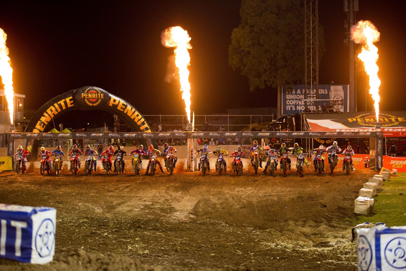 450 Main Event - Photo Blast: Australian Supercross Championship from Adelaide - Motocross Pictures - Vital MX