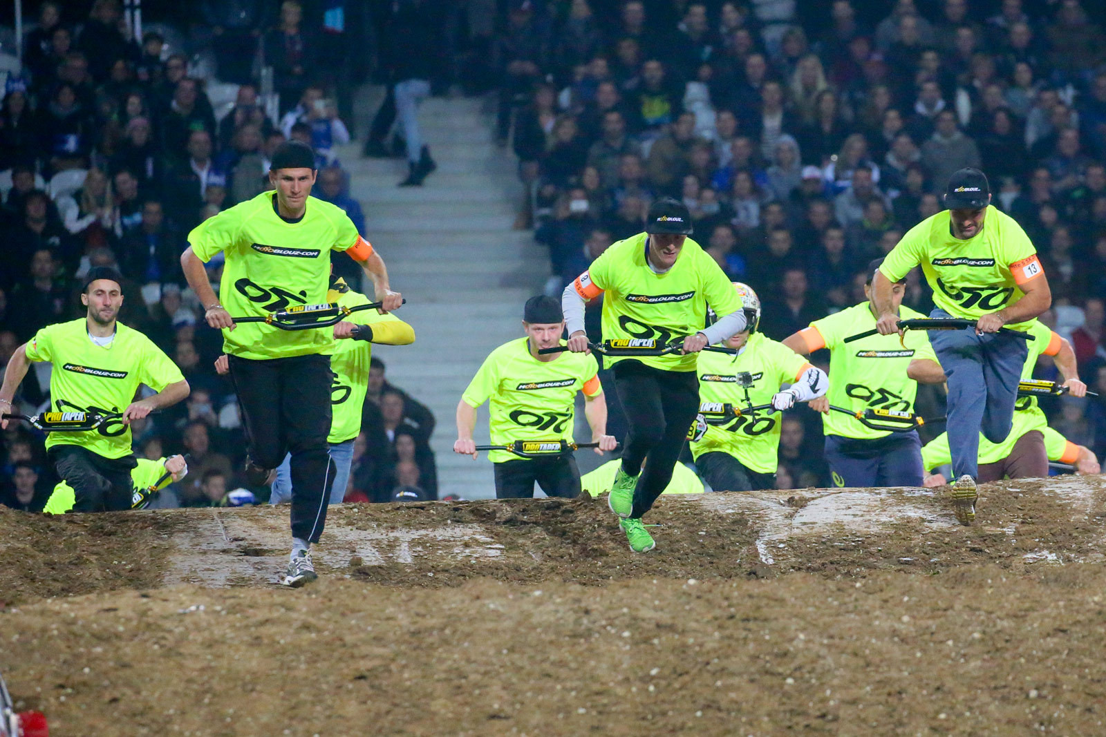 Pro Taper foot race - Photo Blast: Paris-Lille Supercross - Motocross Pictures - Vital MX