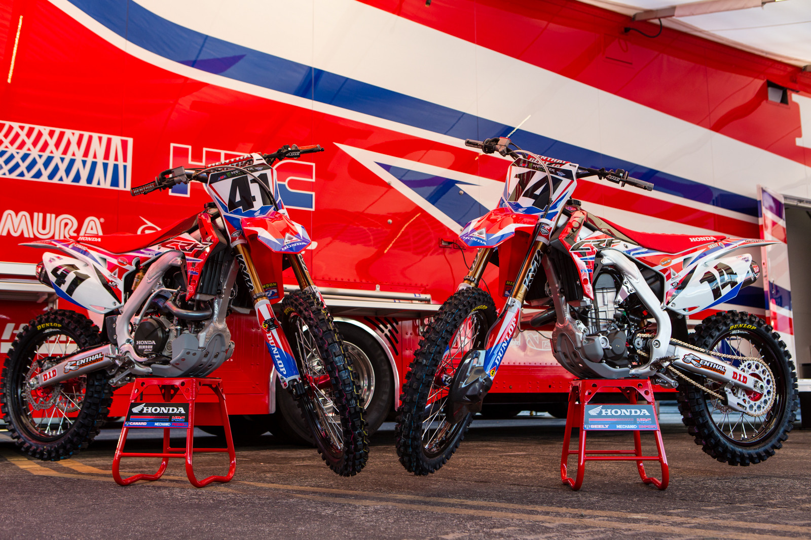 Trey Canard and Cole Seely - 2016 Bikes of Supercross - Motocross Pictures - Vital MX