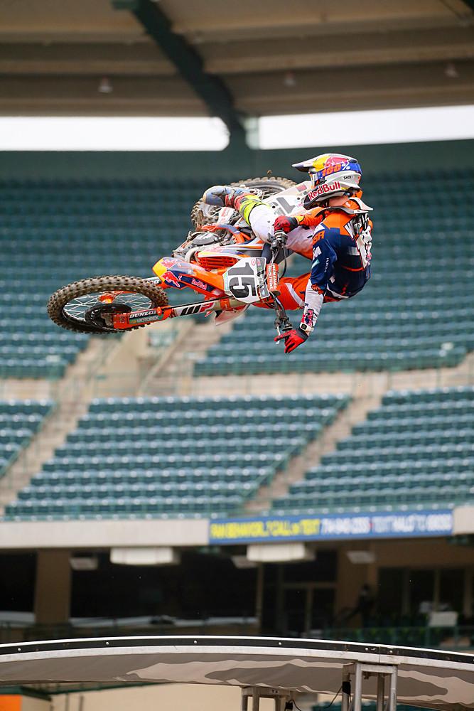 Dean Wilson - Vital MX Pit Bits: Anaheim 1 - Motocross Pictures - Vital MX