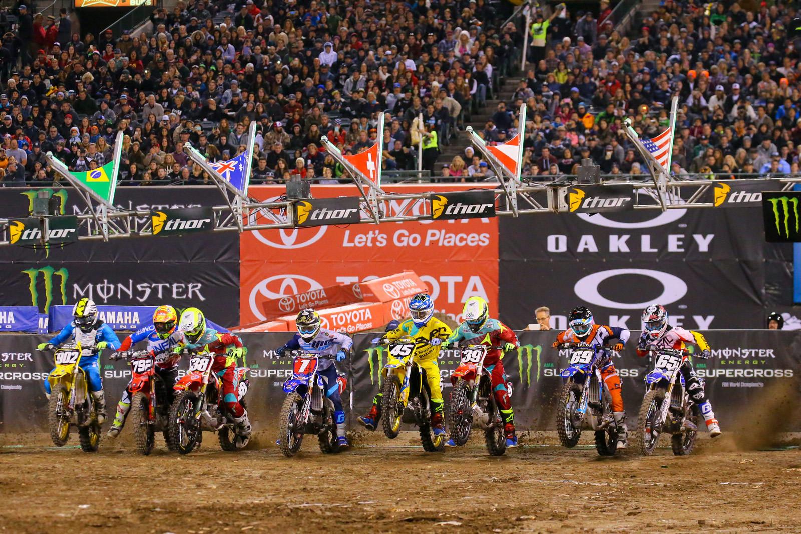Anaheim 2 250 Heat Race 1 start - Photo Blast: Anaheim 2 - Motocross Pictures - Vital MX