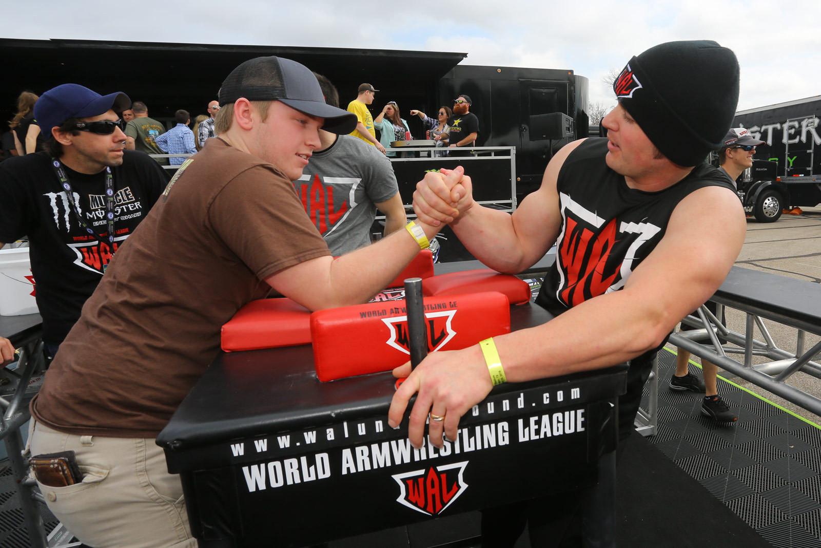 Wrist Wrestling - Vital MX Pit Bits: Arlington - Motocross Pictures - Vital MX