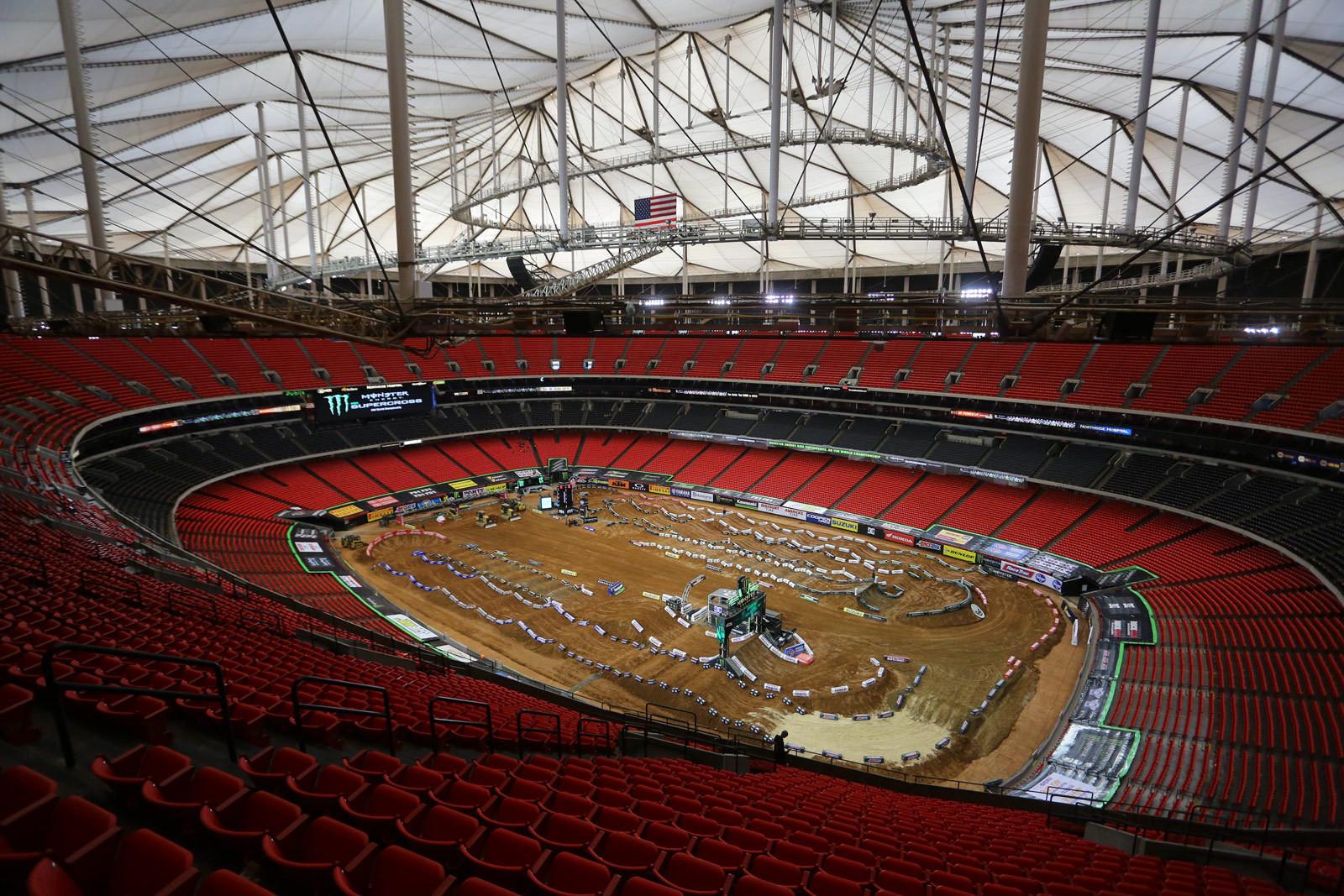 Atlanta Dome - Vital MX Pit Bits: Atlanta - Motocross Pictures - Vital MX