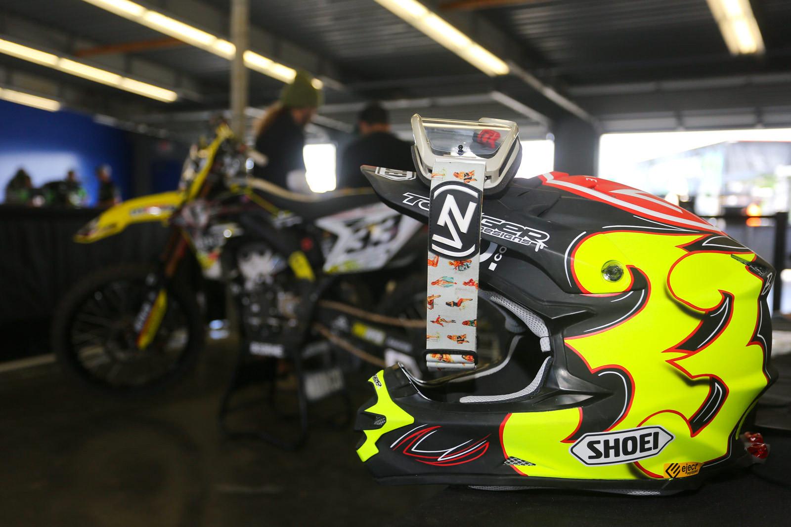Josh Grant - Vital MX Pit Bits: Daytona - Motocross Pictures - Vital MX
