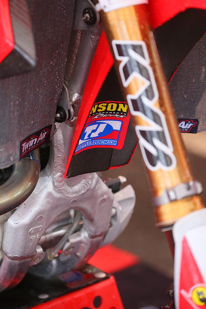 Fender foam - Pit Bits: Foxborough - Motocross Pictures - Vital MX