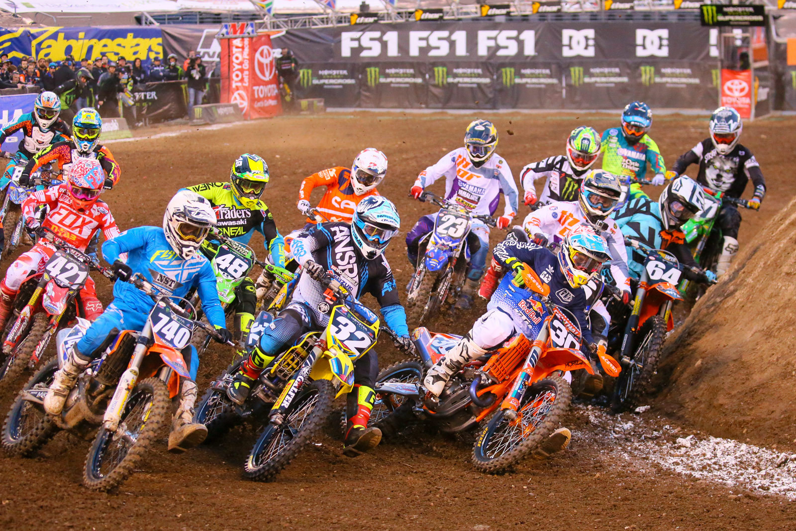 250 Heat Race Two Start - Photo Blast: East Rutherford - Motocross Pictures - Vital MX