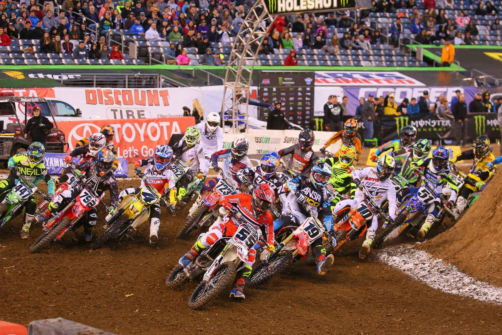450 Heat Race One Start - Photo Blast: East Rutherford - Motocross Pictures - Vital MX