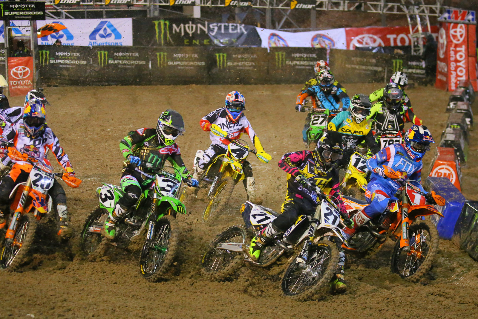 450 Heat Race Two start - Photo Blast: Las Vegas - Motocross Pictures - Vital MX