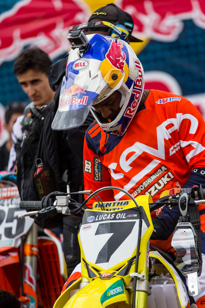 James Stewart's Bell Moto 9 FLEX - Vital MX Pit Bits: Hangtown - Motocross Pictures - Vital MX