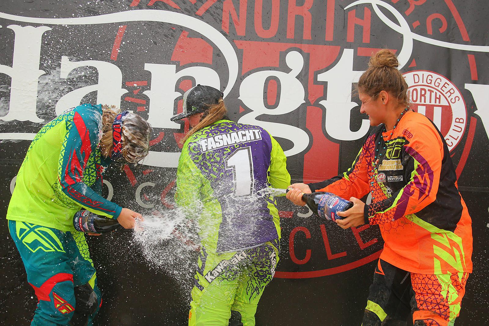 Women's MX Championship - Vital MX Pit Bits: Hangtown - Motocross Pictures - Vital MX