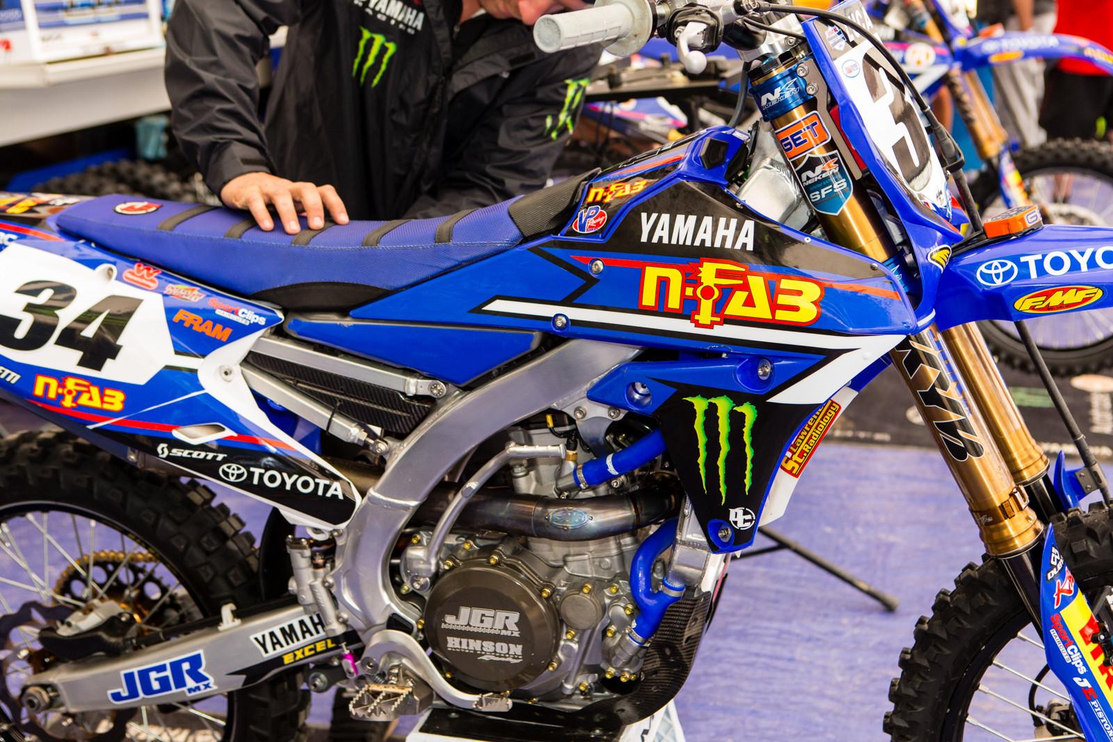 AutoTrader.com/Toyota/Monster/Yamaha - Vital MX Pit Bits: Glen Helen - Motocross Pictures - Vital MX