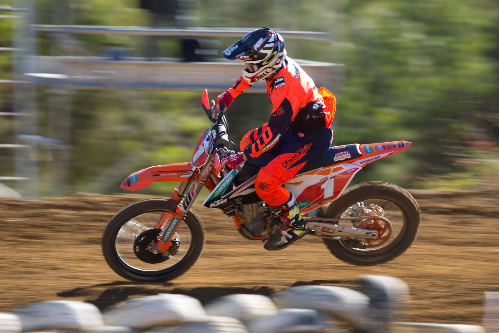Kirk Gibbs - Australian Motul MX Championships: Round 6, Nowra - Motocross Pictures - Vital MX