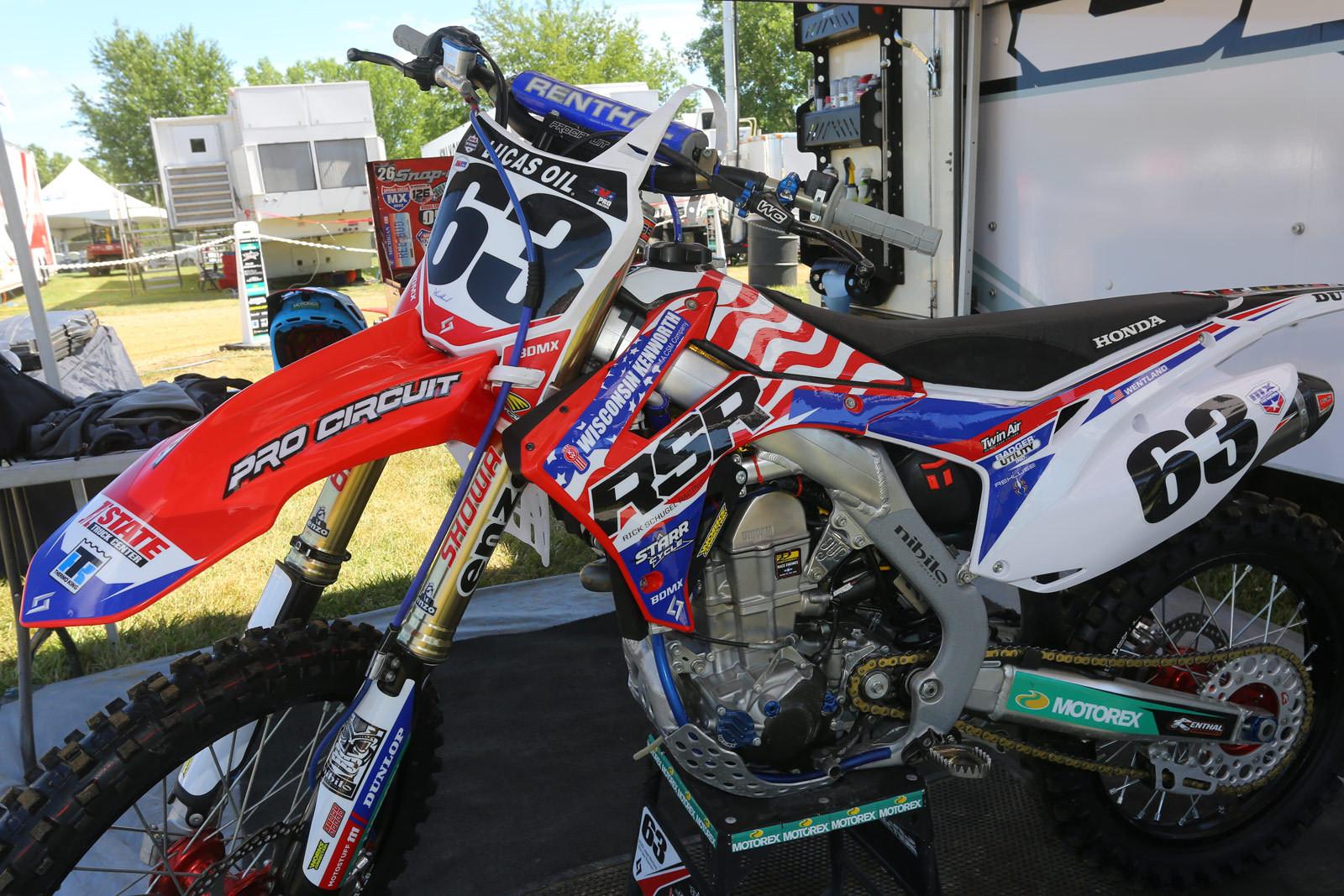 Jesse Wentland - Vital MX Pit Bits: RedBud - Motocross Pictures - Vital MX