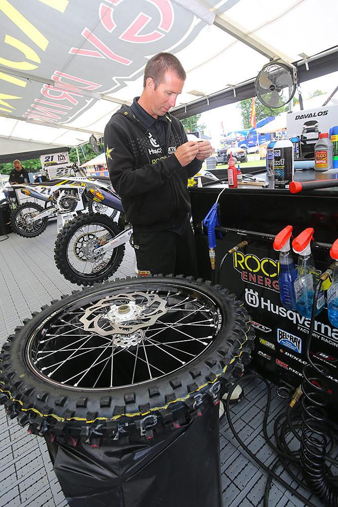 Wrenching - Vital MX Pit Bits: RedBud - Motocross Pictures - Vital MX