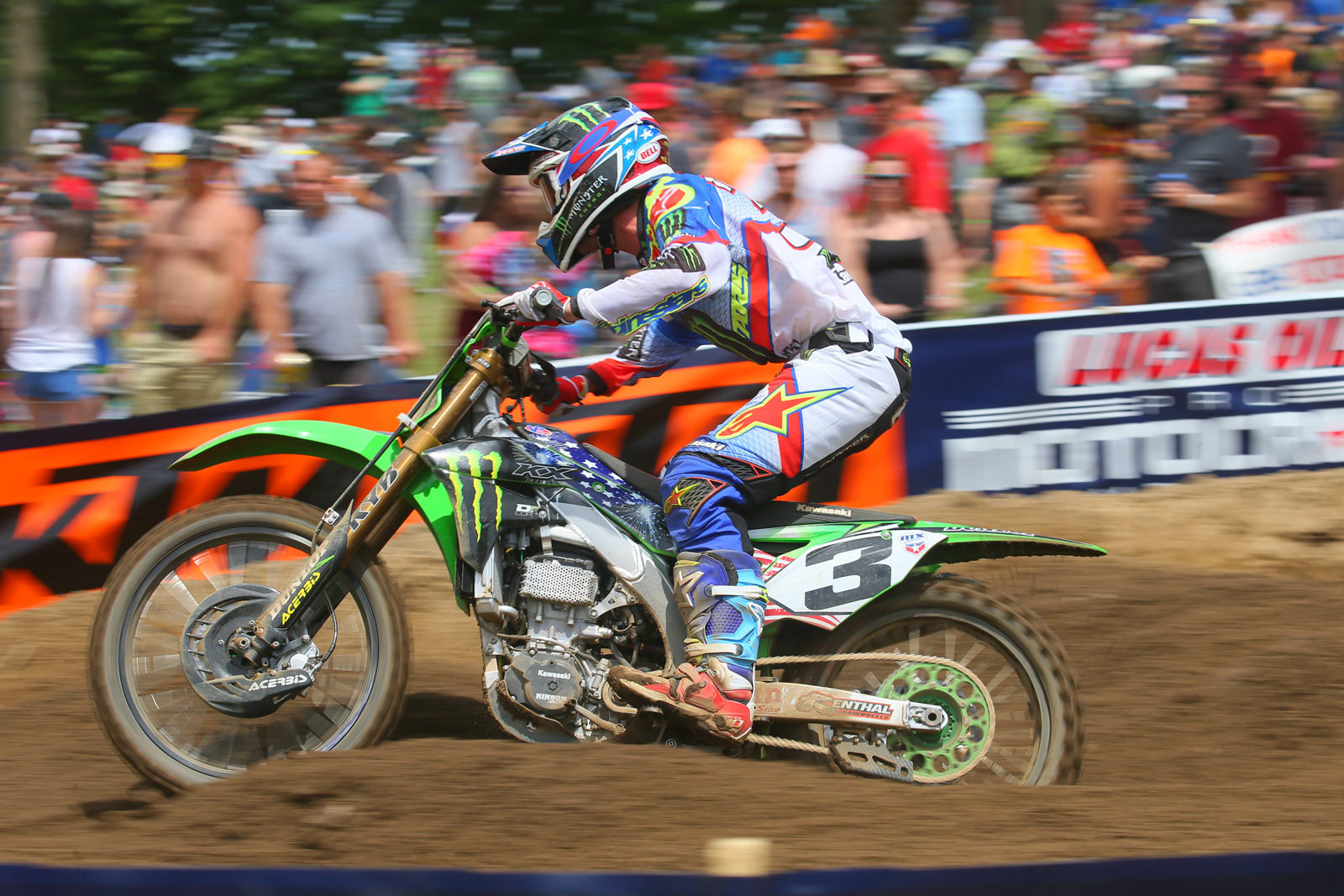 Red, White, and Blue gear - Vital MX Pit Bits: RedBud - Motocross Pictures - Vital MX