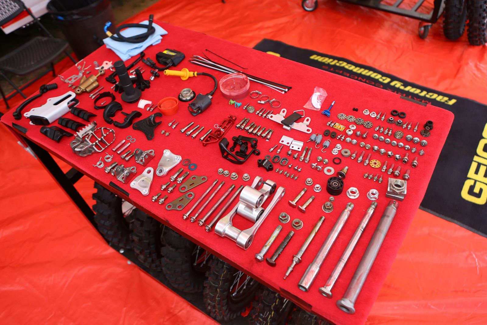 Vital MX Pit Bits from Southwick - Pit Bits: Southwick - Motocross Pictures - Vital MX