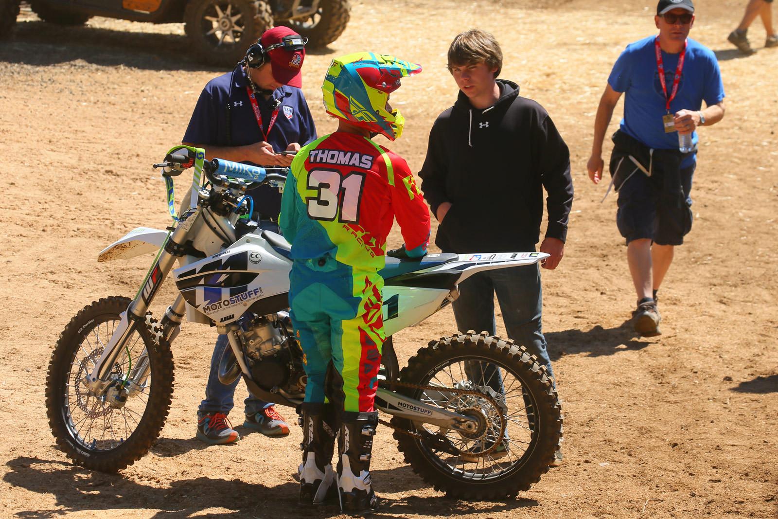 Jason Thomas - Vital MX Pit Bits: Washougal - Motocross Pictures - Vital MX