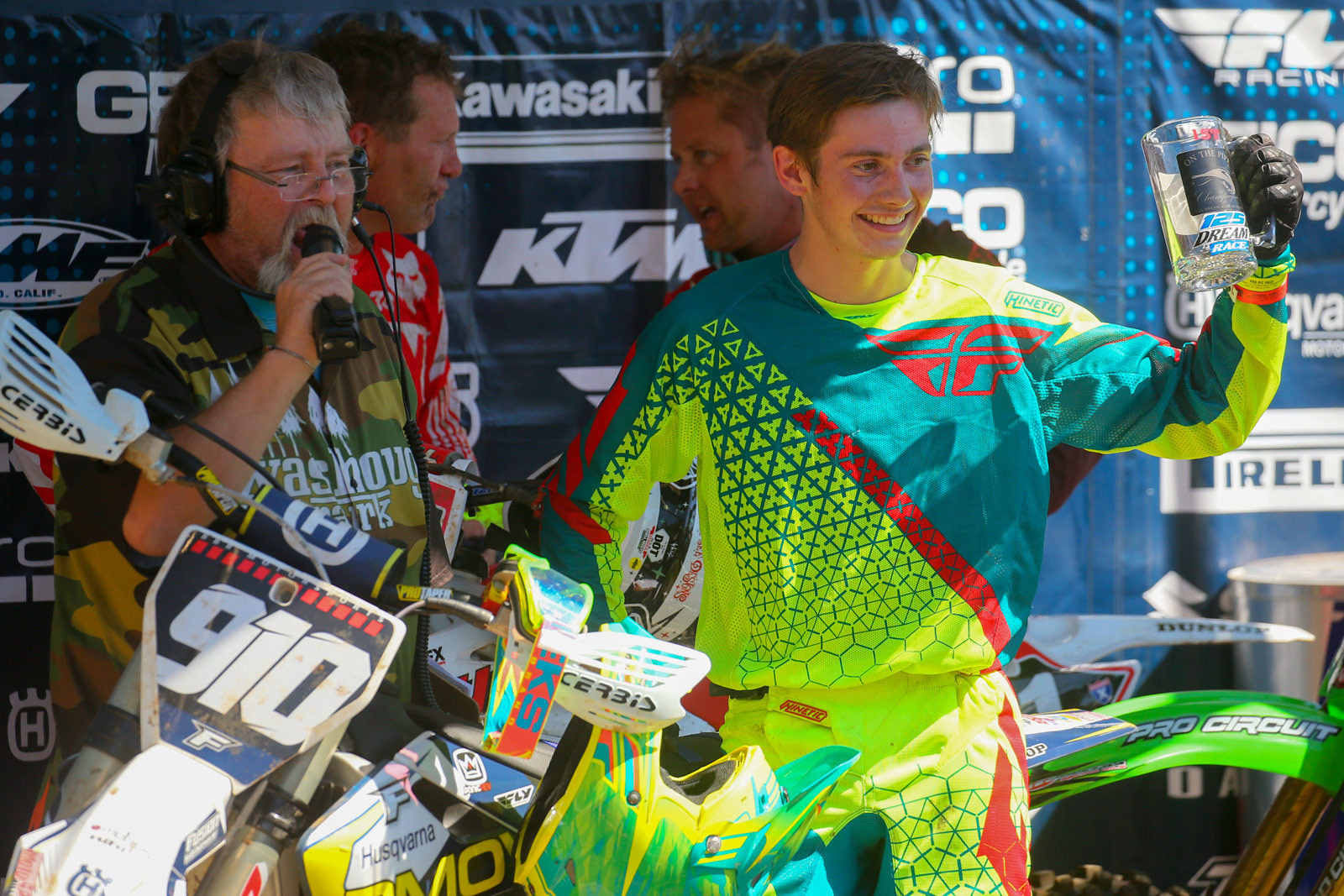 Brian Barnes and Carson Brown - Vital MX Pit Bits: Washougal - Motocross Pictures - Vital MX