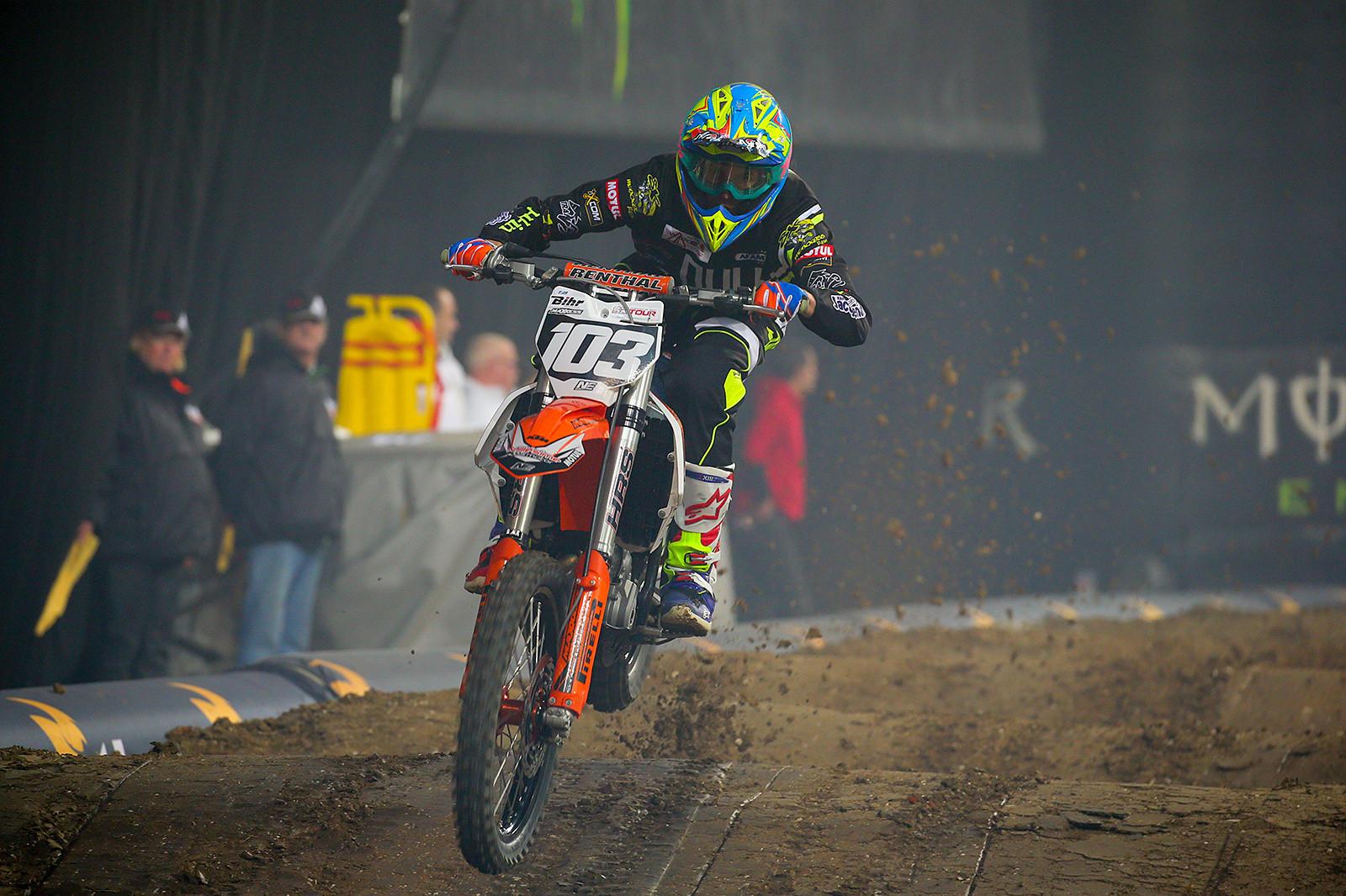 Dan Houzet - Photo Gallery: Saturday at the Paris-Lille Supercross - Motocross Pictures - Vital MX
