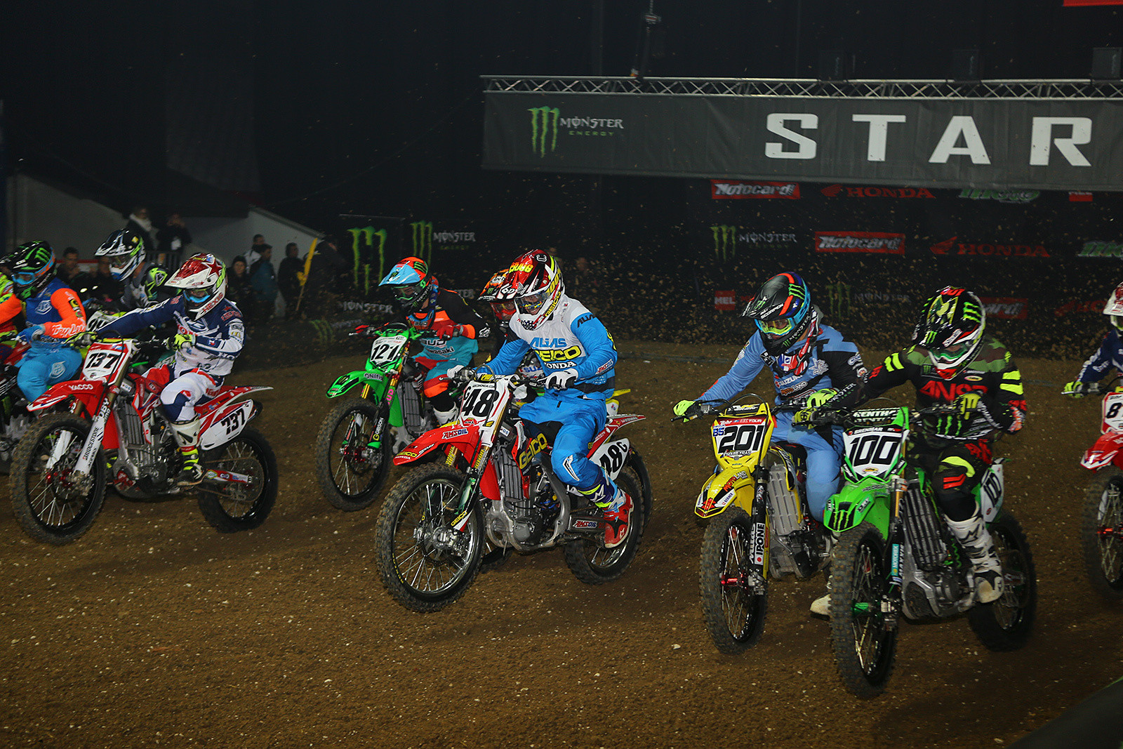 450 Heat Race Two - Photo Gallery: Saturday at the Paris-Lille Supercross - Motocross Pictures - Vital MX