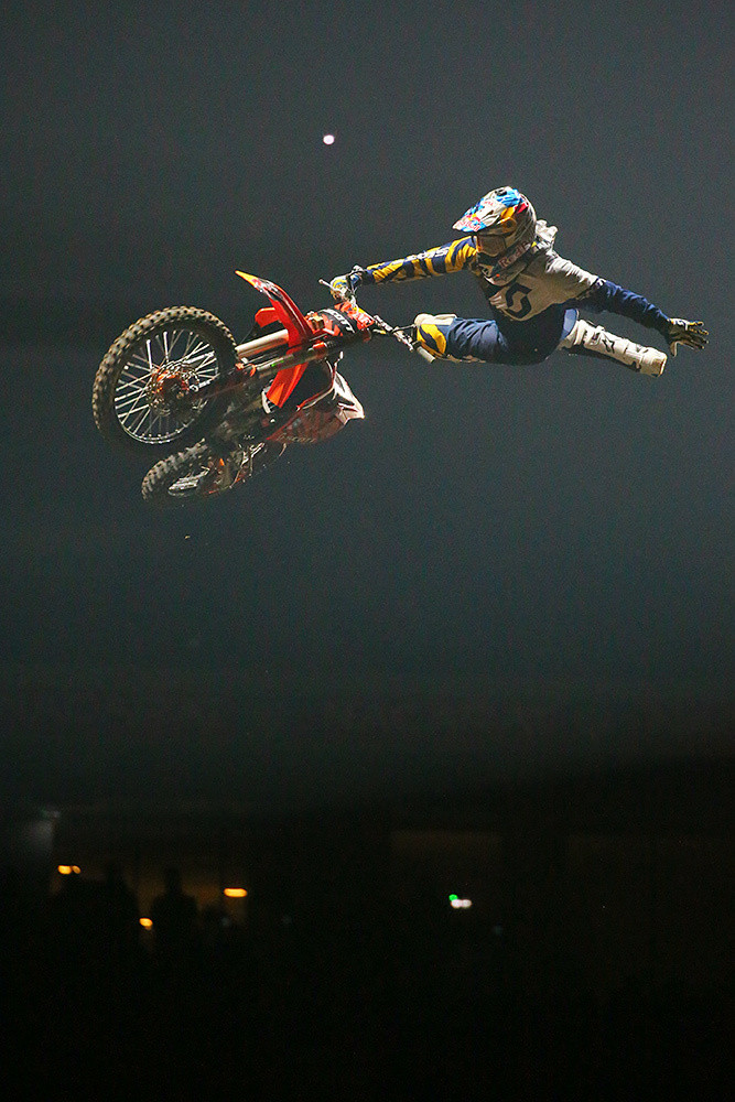 Mat Rebeaud - Photo Gallery: Saturday at the Paris-Lille Supercross - Motocross Pictures - Vital MX