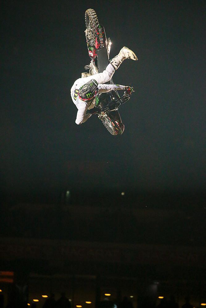 Edgar Torronteras - Photo Gallery: Saturday at the Paris-Lille Supercross - Motocross Pictures - Vital MX