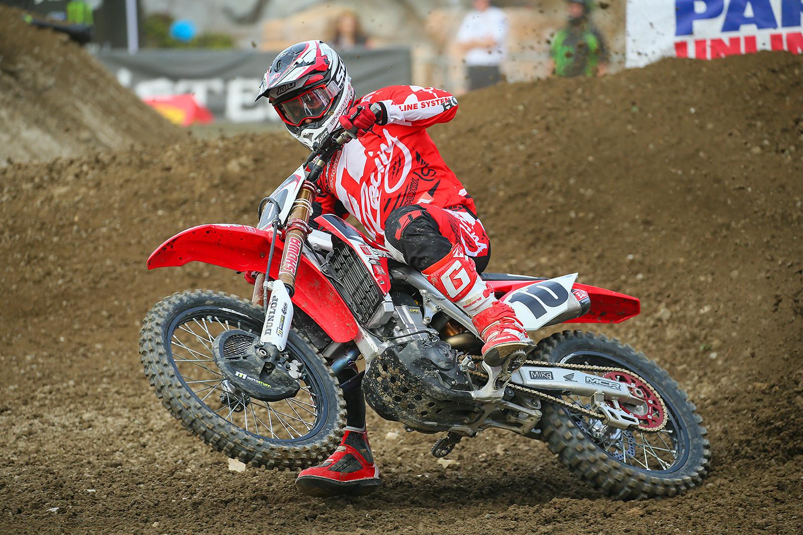 Justin Brayton - Vital MX Pit Bits: Anaheim 1 - Motocross Pictures - Vital MX