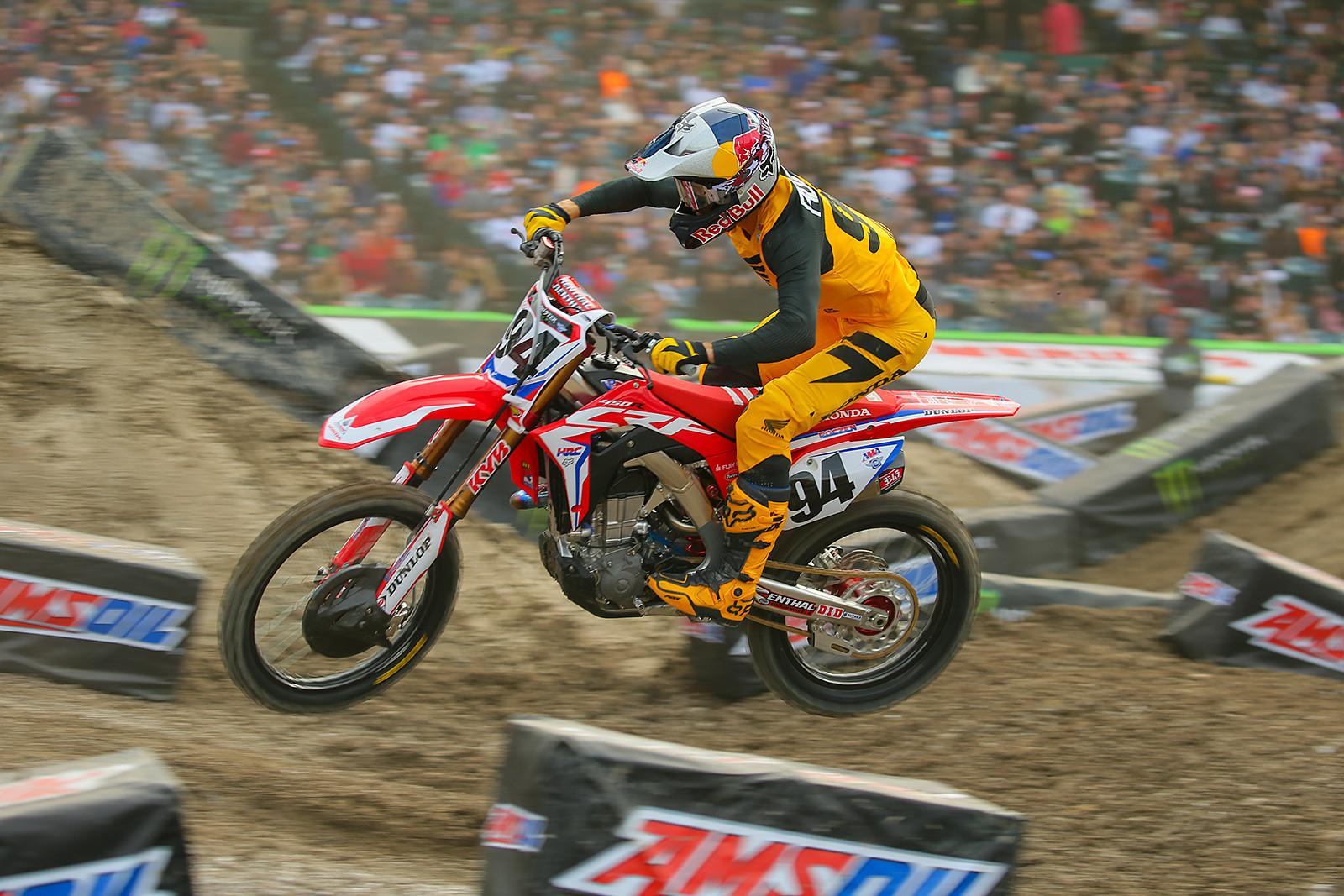 Ken Roczen - Vital MX Pit Bits: Anaheim 1 - Motocross Pictures - Vital MX