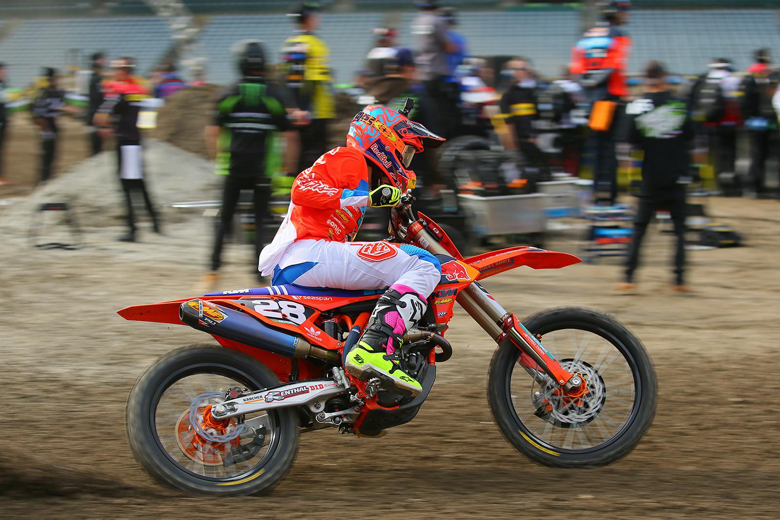 Mitchell Oldenburg - Vital MX Pit Bits: Anaheim 1 - Motocross Pictures - Vital MX