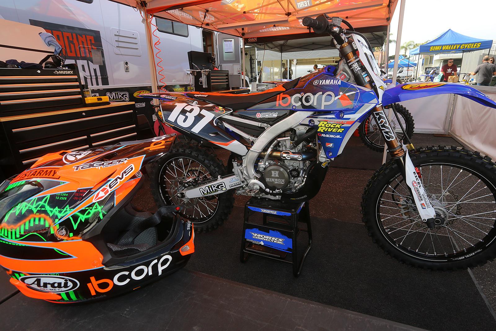 Martin Castelo's IBcorp Yamaha - Vital MX Pit Bits: Anaheim 1 - Motocross Pictures - Vital MX