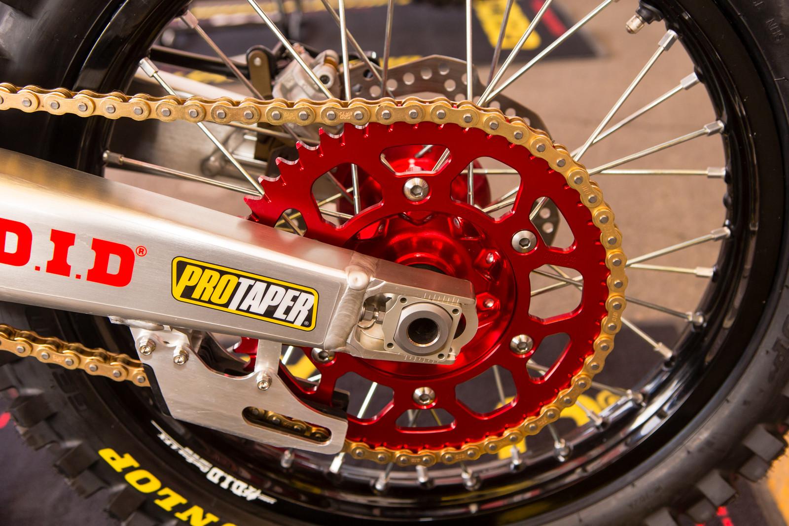 Pro Taper - Vital MX Pit Bits: Anaheim 1 - Motocross Pictures - Vital MX