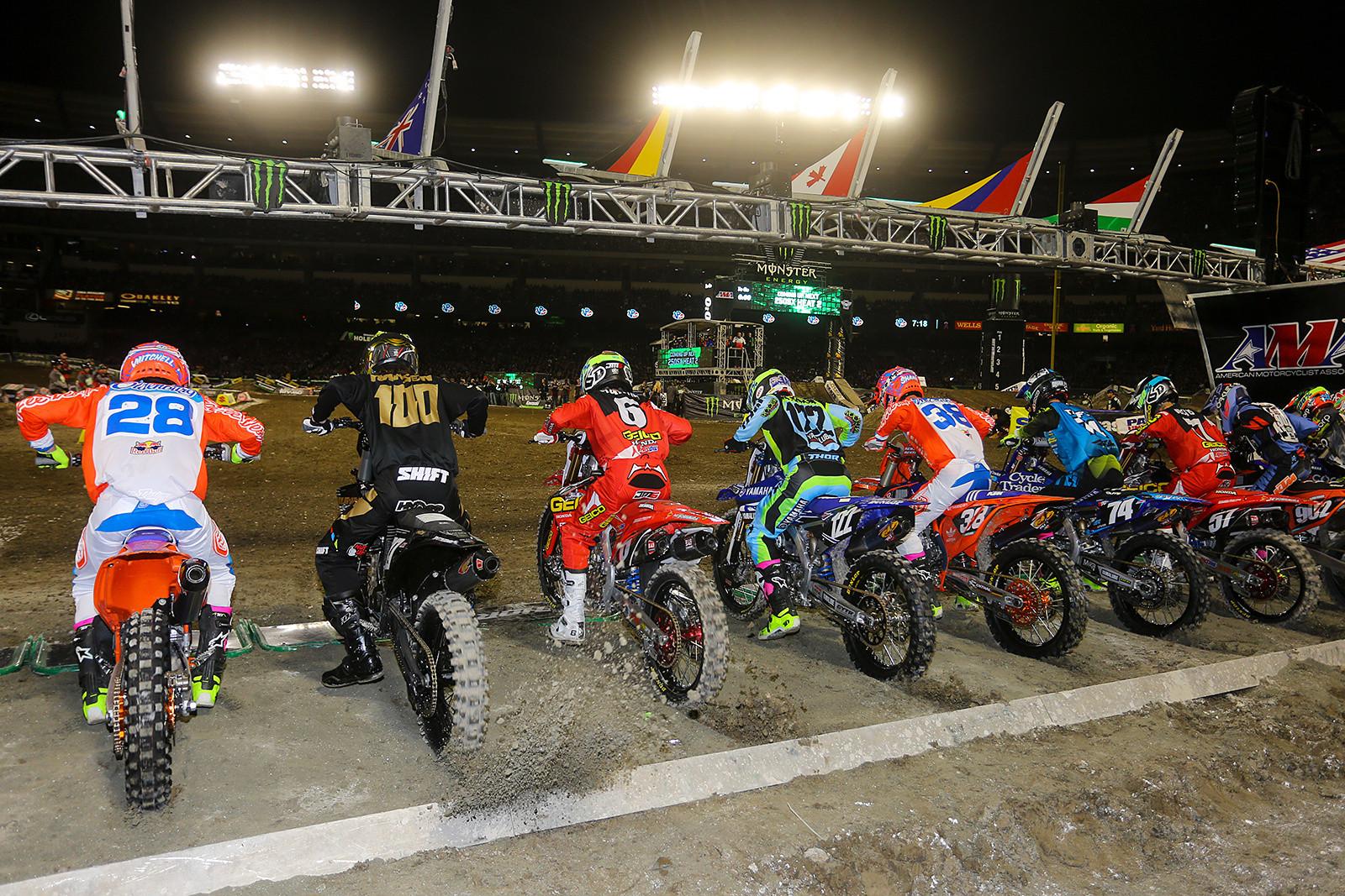 250 heat race two start - Photo Blast: Anaheim 1 - Motocross Pictures - Vital MX