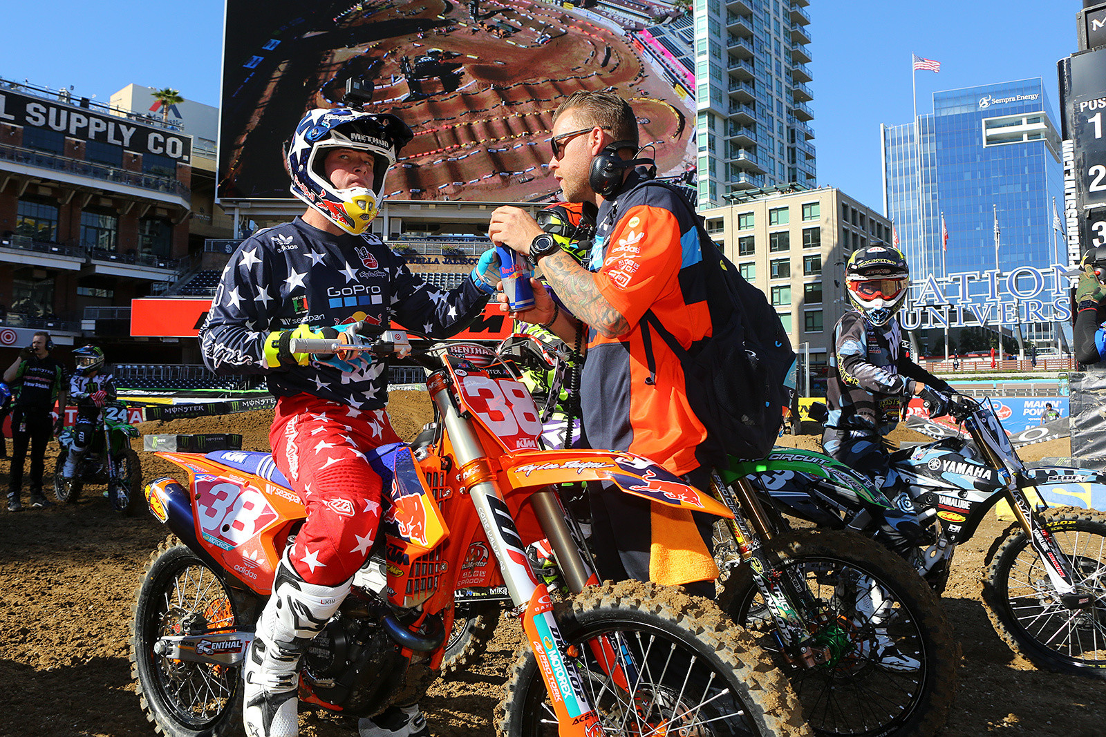 Shane McElrath and Andy Dalton - Vital MX Pit Bits: San Diego - Motocross Pictures - Vital MX