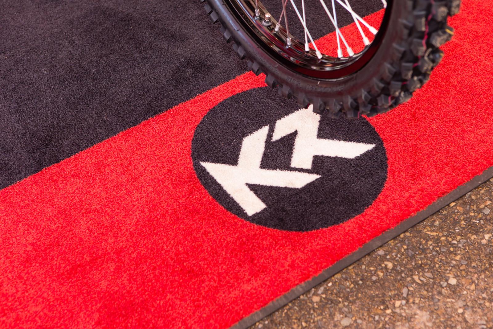 Rider's logos, Ken Roczen - Vital MX Pit Bits: San Diego - Motocross Pictures - Vital MX