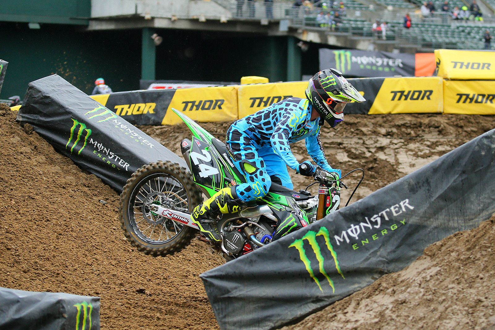 Austin Forkner - Vital MX Pit Bits: Oakland - Motocross Pictures - Vital MX