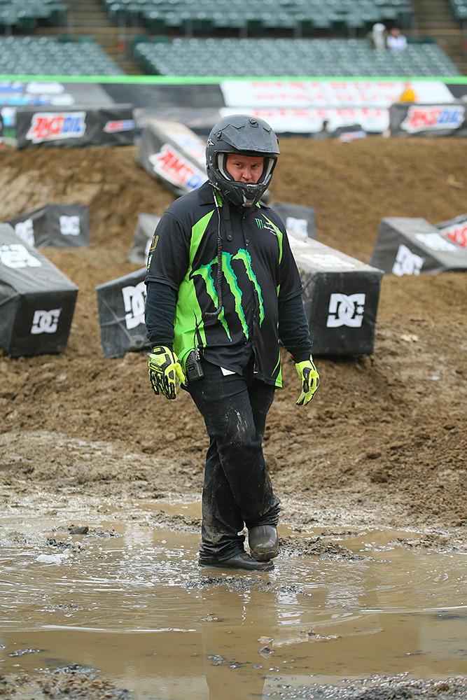 Mud - Vital MX Pit Bits: Oakland - Motocross Pictures - Vital MX