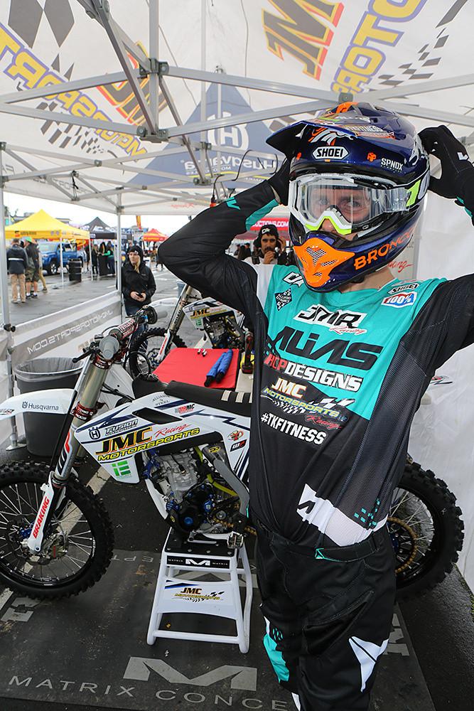 Justin Starling - Vital MX Pit Bits: Oakland - Motocross Pictures - Vital MX