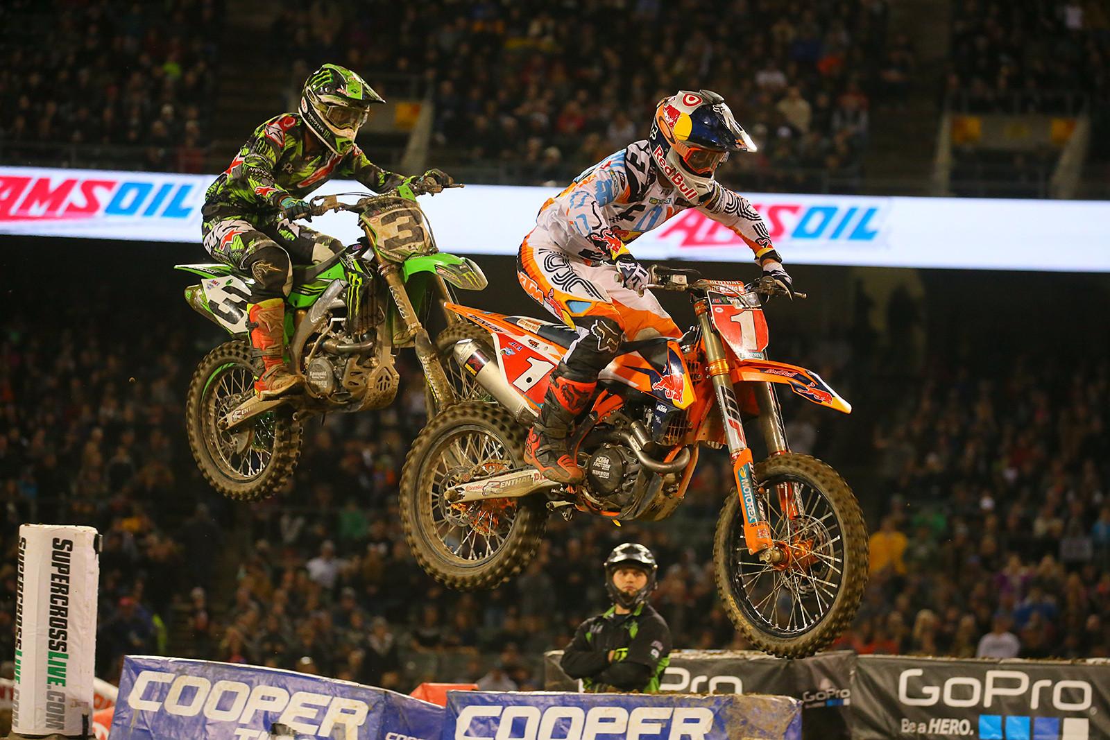 Eli Tomac and Ryan Dungey - Photo Blast: Oakland - Motocross Pictures - Vital MX