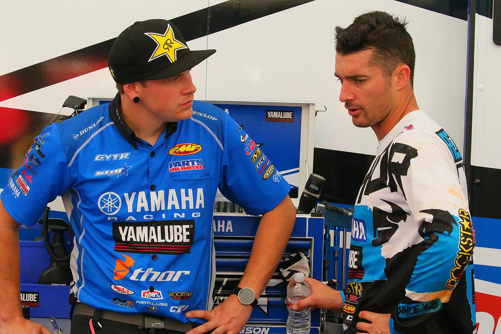 Josh Ellington and Dan Reardon - Vital MX Pit Bits: Arlington - Motocross Pictures - Vital MX