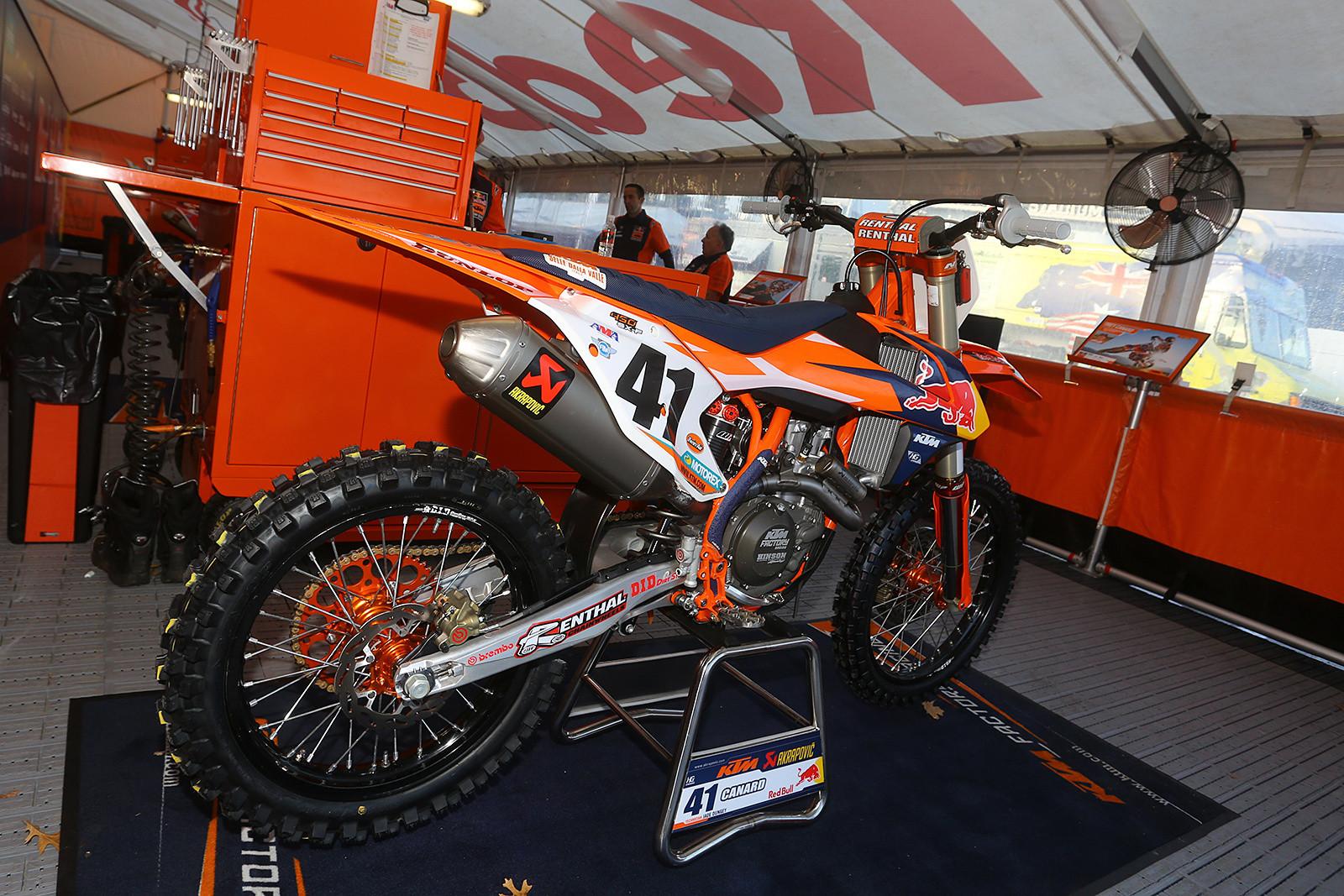 Trey Canard - Vital MX Pit Bits: Arlington - Motocross Pictures - Vital MX
