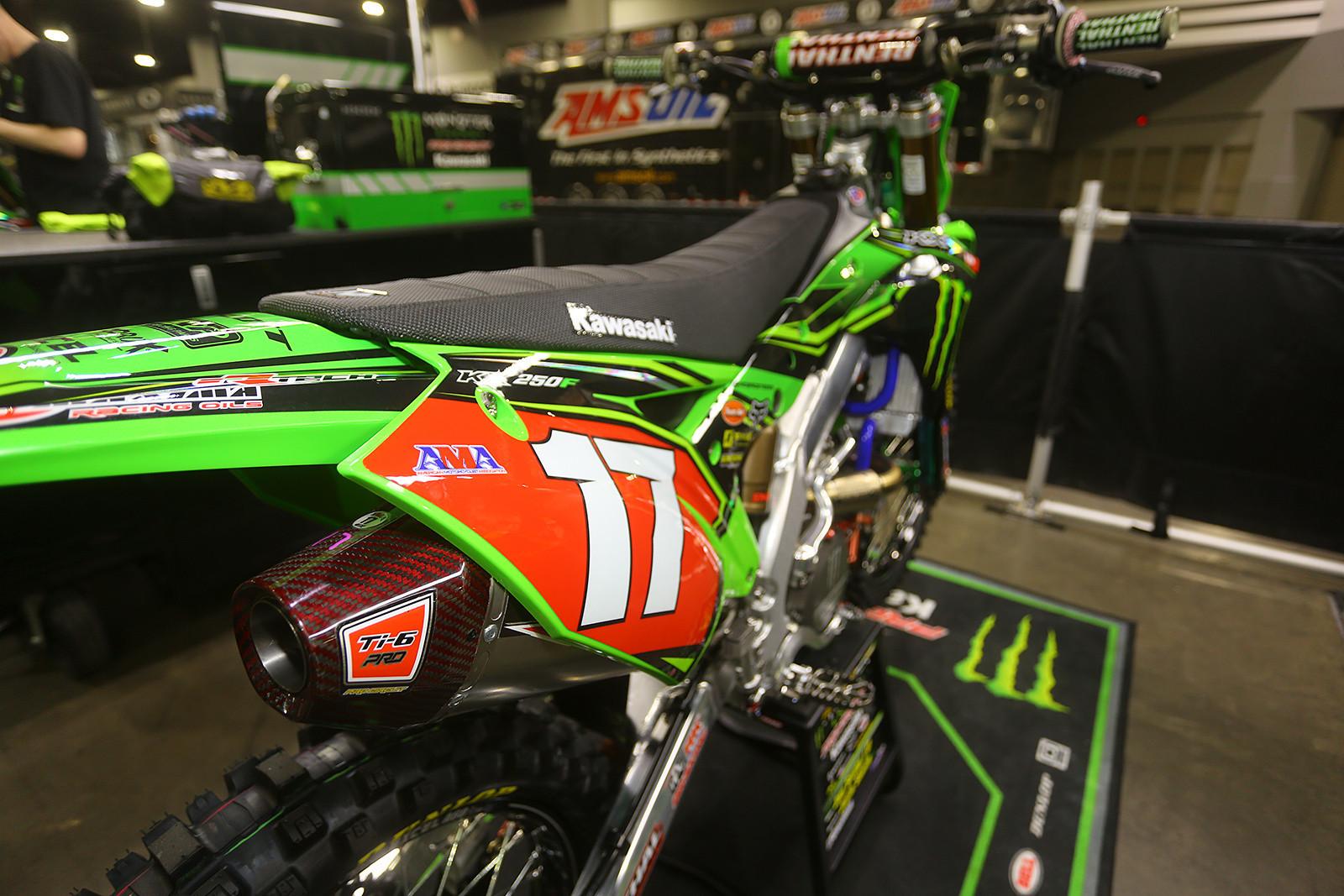 Joey Savatgy - Vital MX Pit Bits: Atlanta - Motocross Pictures - Vital MX