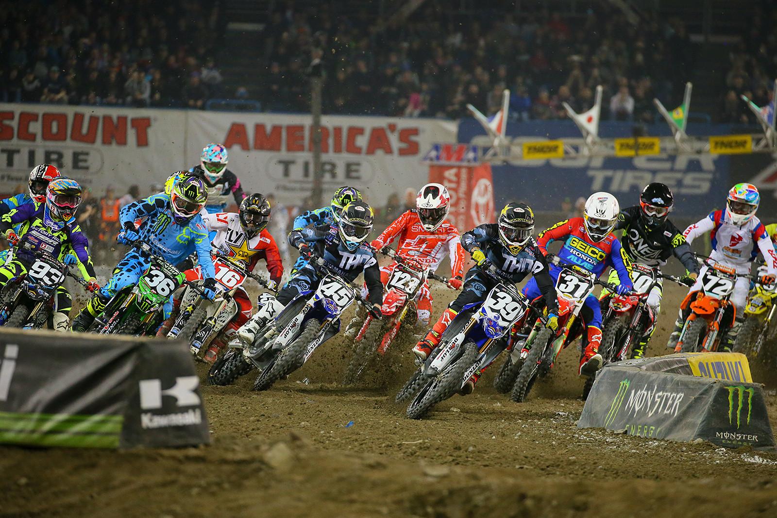 250 Heat Two Start - Photo Blast: Toronto - Motocross Pictures - Vital MX