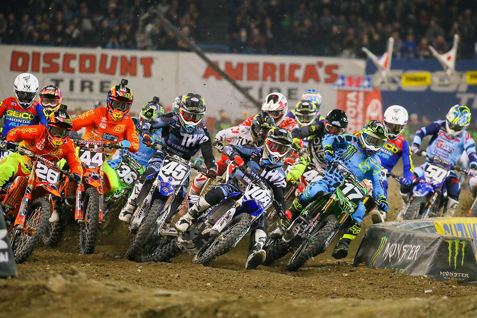 250 Main Event Start - Photo Blast: Toronto - Motocross Pictures - Vital MX