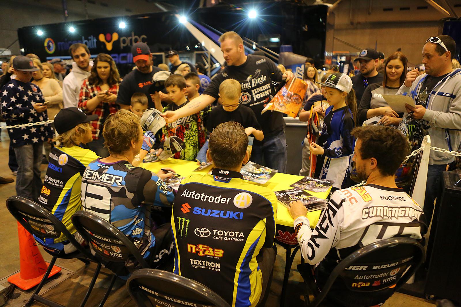 AutoTrader.com/Suzuki/JGRMX - Pit Bits: St. Louis - Motocross Pictures - Vital MX