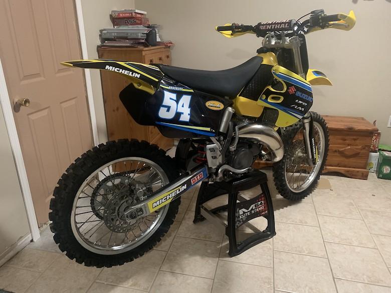 1999 RM125 Build