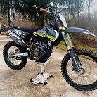 Luna Garage FC250
