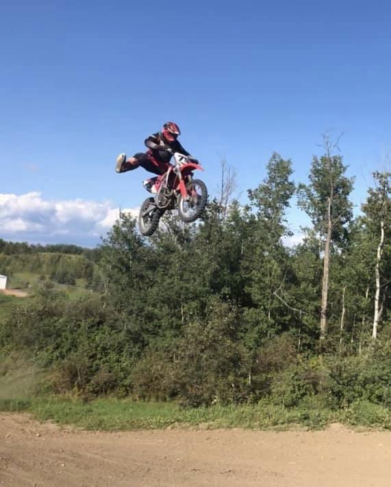 94E60A21-3E3C-4AF1-BC1F-D6C30E126C0A - whitechapel44 - Motocross Pictures - Vital MX