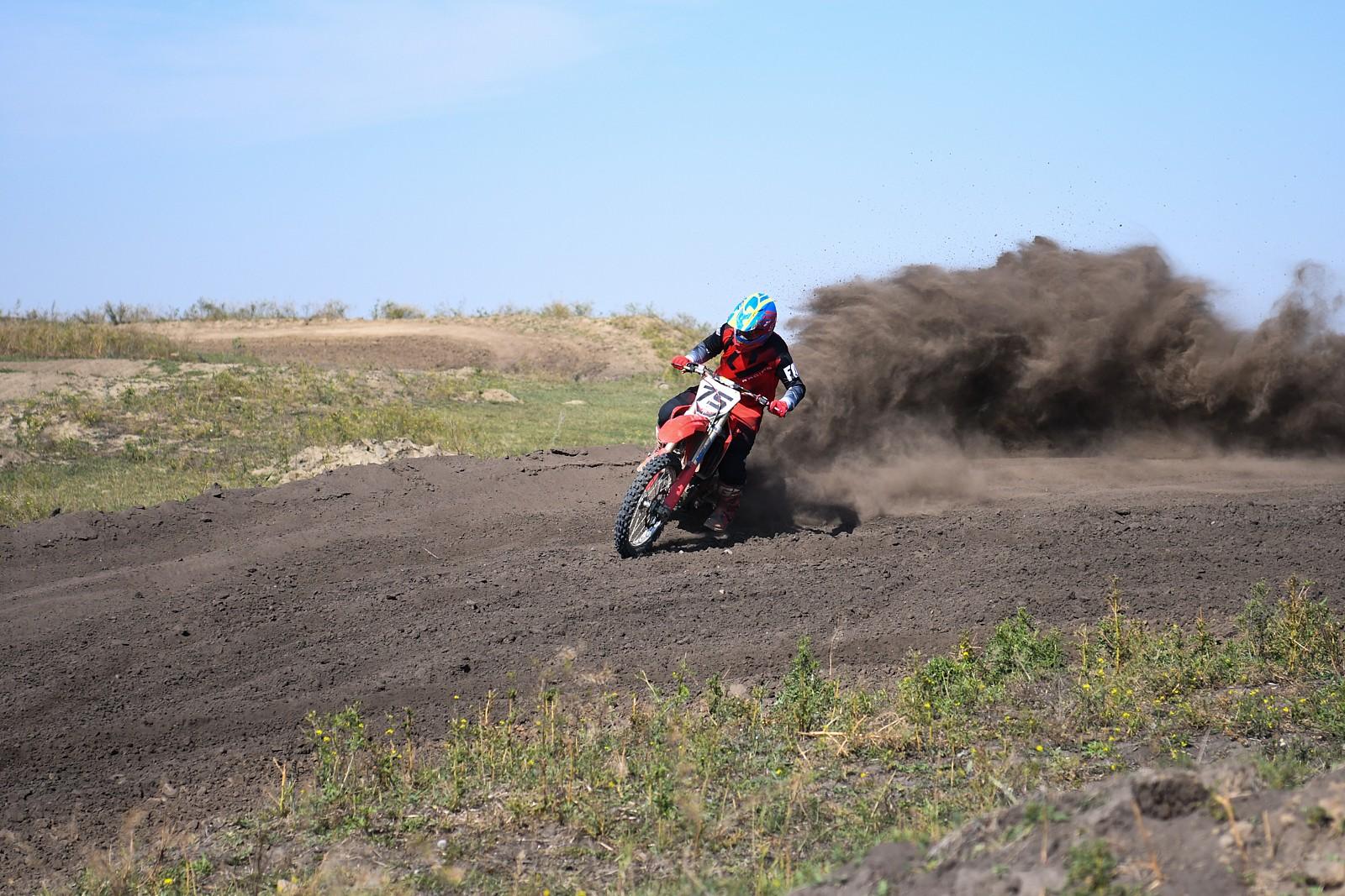 8530AC20-C24F-42C0-B53A-1A119BAB8B6D - whitechapel44 - Motocross Pictures - Vital MX