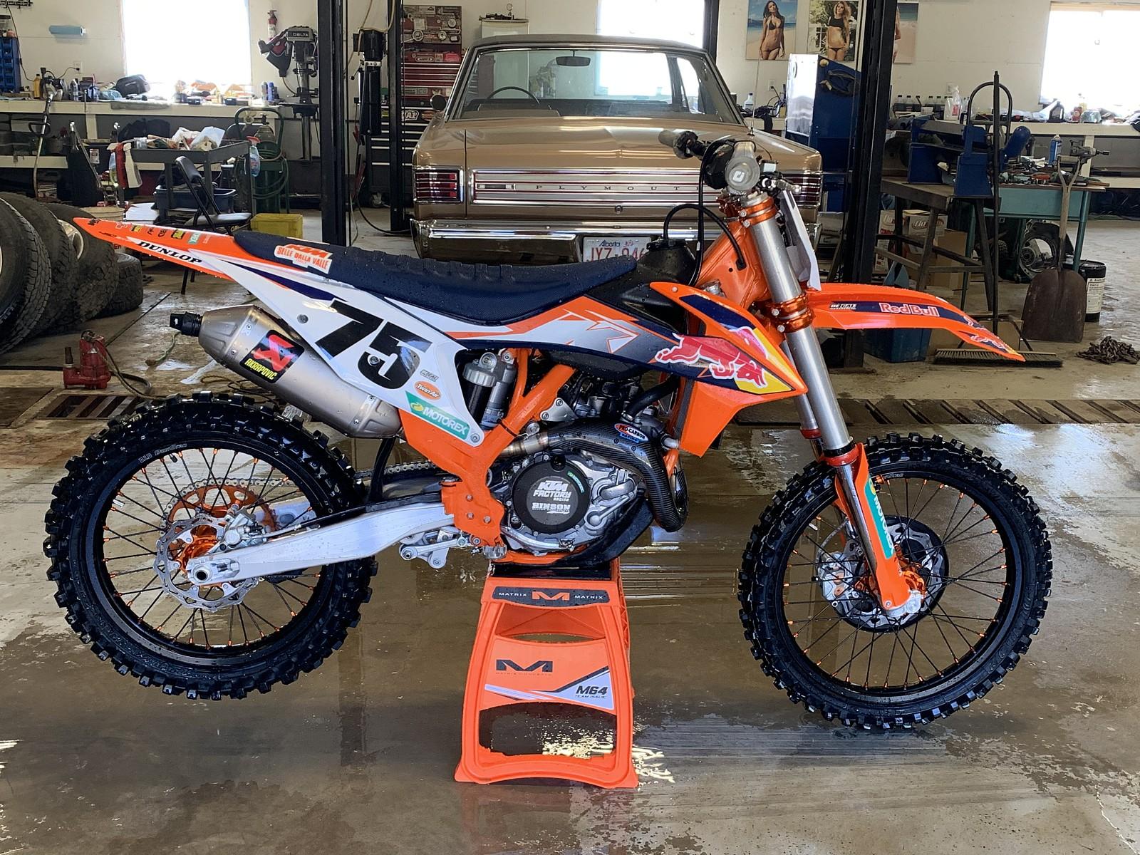 49274C85-F243-4D01-AAF4-5C990514DAA8 - whitechapel44 - Motocross Pictures - Vital MX