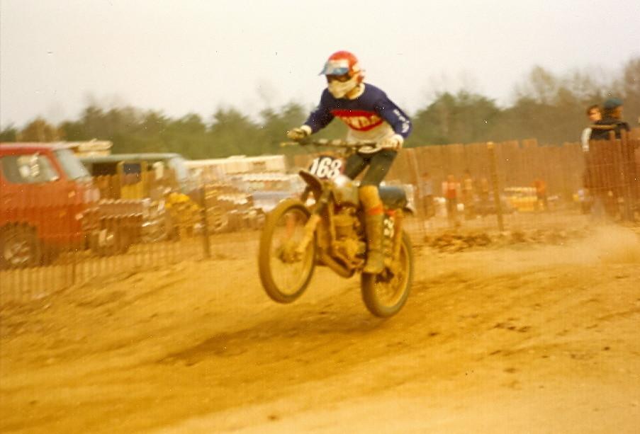 Nov 1975 - mxbonz - Motocross Pictures - Vital MX